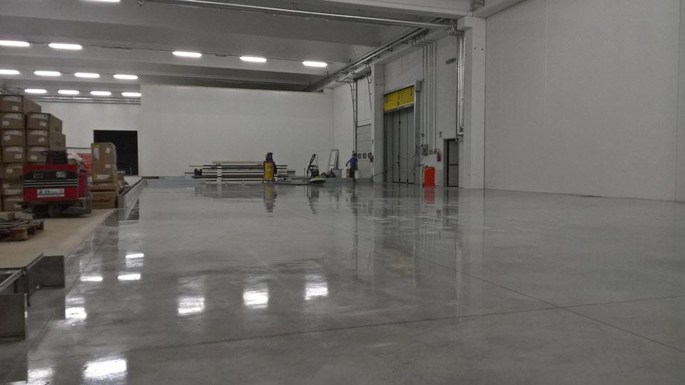 Pavimenti In Cemento Industriale : Levigatura e lucidatura pavimenti in cemento cerias ristrutturazioni